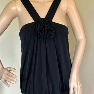EXPRESS BLACK draped with Flower in center L